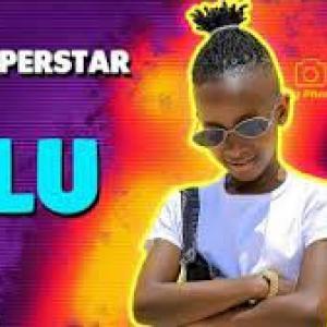 Felista Di Superstar