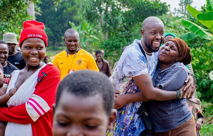 Eddy Kenzo Finally Finds His Lost Sister 20 Years Later, After They Left Her With A Strange Woman, As They Hustled On Kampala Streets. 6